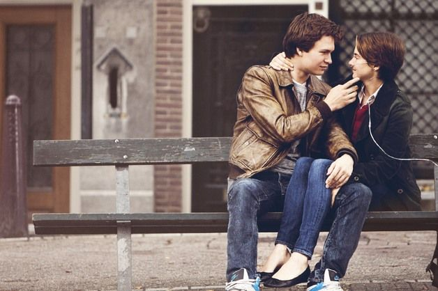 fault-in-our-stars-hazel-gus-bench-amsterdam